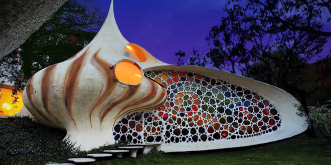 Nautilus-Giant-Seashell-House-660x330