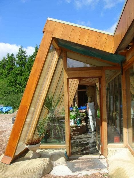Earthships10